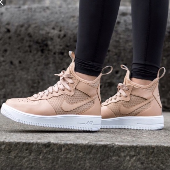 Women s tan ultra force Air Force 1s mid sneaker. M 5bf3c222a5d7c6e7bd855c5a d32a9828c2